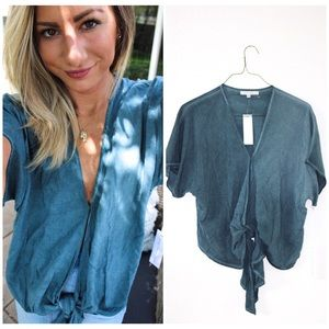 NWT YOUNG FABULOUS AND BROKE SIZE XS BLOUSE 🌸